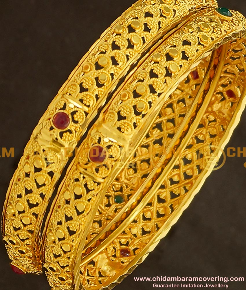 BNG140 - 2.4 Size Elegant Finish Light Weight Die Gold Stone Bangles Online