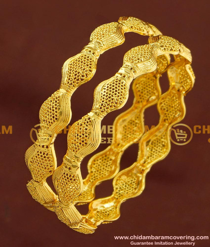 BNG171 - 2.8 Size Latest Design Gold Pattern Bangles Bridal Wear Bangles Collection Online